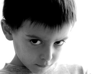 De niños tiranos a adolescentes agresivos