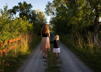 Qué hacer cuando los hijos se portan mal para reconducir la situación